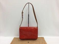 Photo1: Auth LOUIS VUITTON Vernis Red Thompson Street Shoulder bag  9L270130n (1)