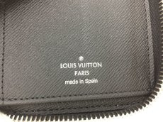 "Photo9: Auth Louis Vuitton Taiga Black Leather Zippy Long Wallet UNUSED  0D280120n"" (9)"