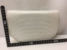 "Photo2: Authentic CHANEL Quilted Chain Shoulder Bag White 9A220450F"" (2)"