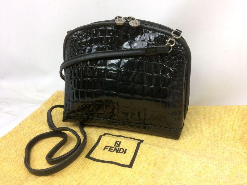 Photo1: Auth FENDI crocodile Leather Black Shoulder Bag Made In Italy 7K120520n (1)