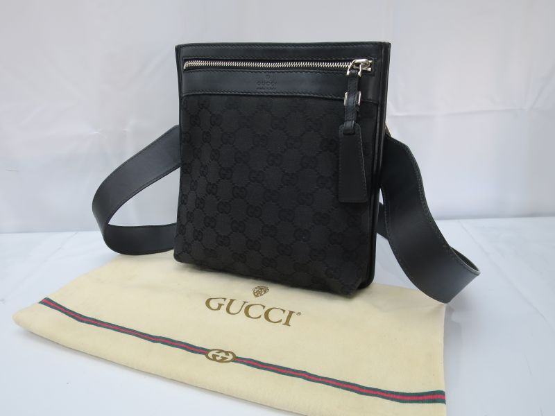 Photo1: Auth GUCCI GG Pattern Black Shoulder Bag 8C220280r (1)