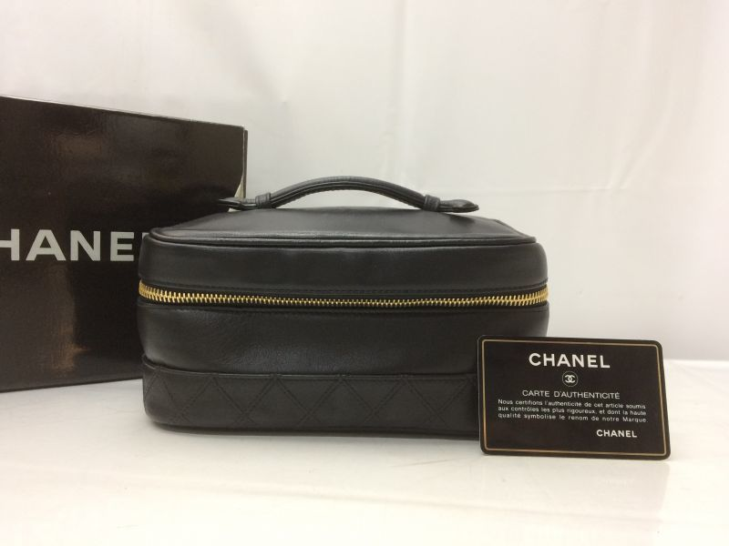 Photo1: Auth CHANEL Lamb skin Canvas Make up Cosmetic Porch Hand Bag 8L220040n (1)