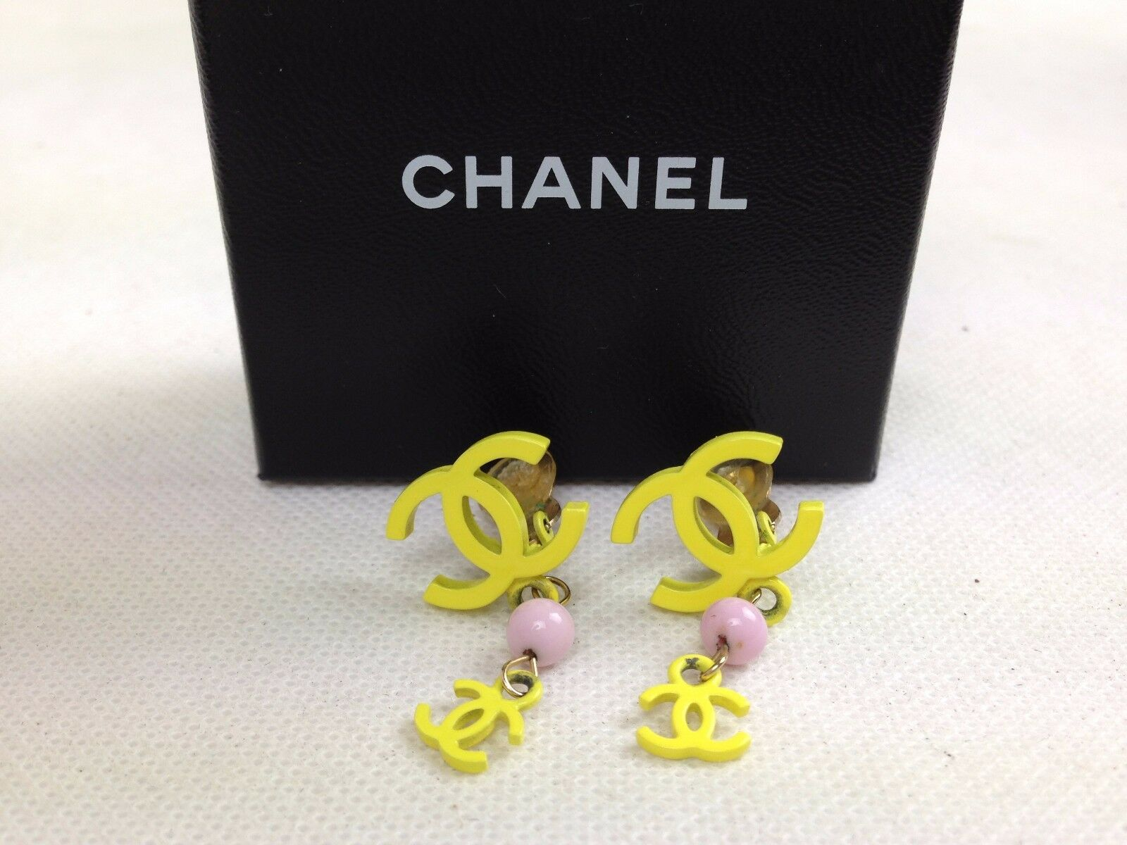 Photo1: AUTH Chanel CC logo Yellow&Pink Clip-On earring 5H180301# (1)
