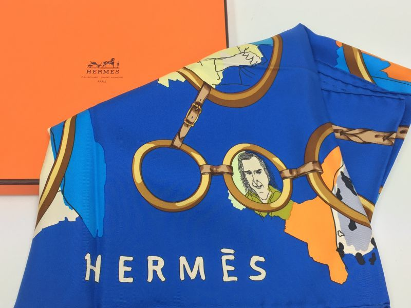 "Photo1: Auth Hermes  100% Silk Scarf  ""LES PARISIENS""  9H120210g (1)"