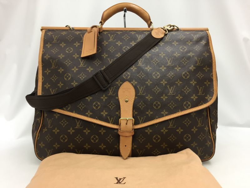 "Photo1: Auth Louis Vuitton Monogram SAC CHASSE 2WAY Travel Hand Bag 0C120090n"" (1)"