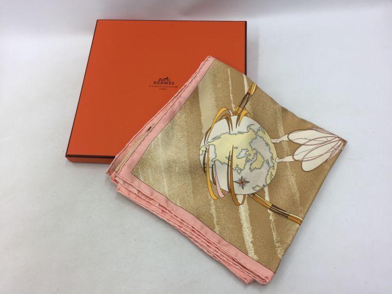 """Photo1: Auth Hermes 100 % Silk Scarf gold tone color made in France 0E120050n"""" (1)"""
